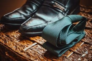 cherni-obuvki-vratovrazka