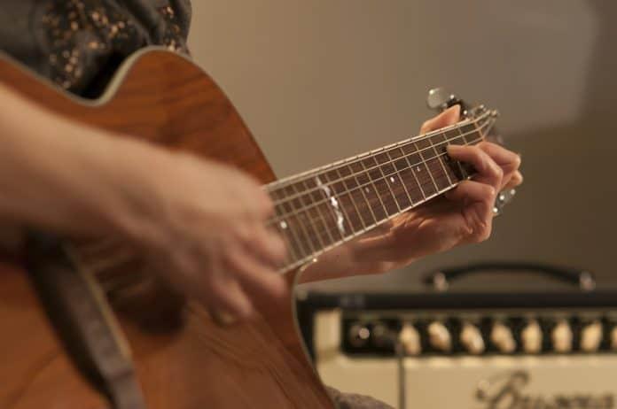 Уроци по китара